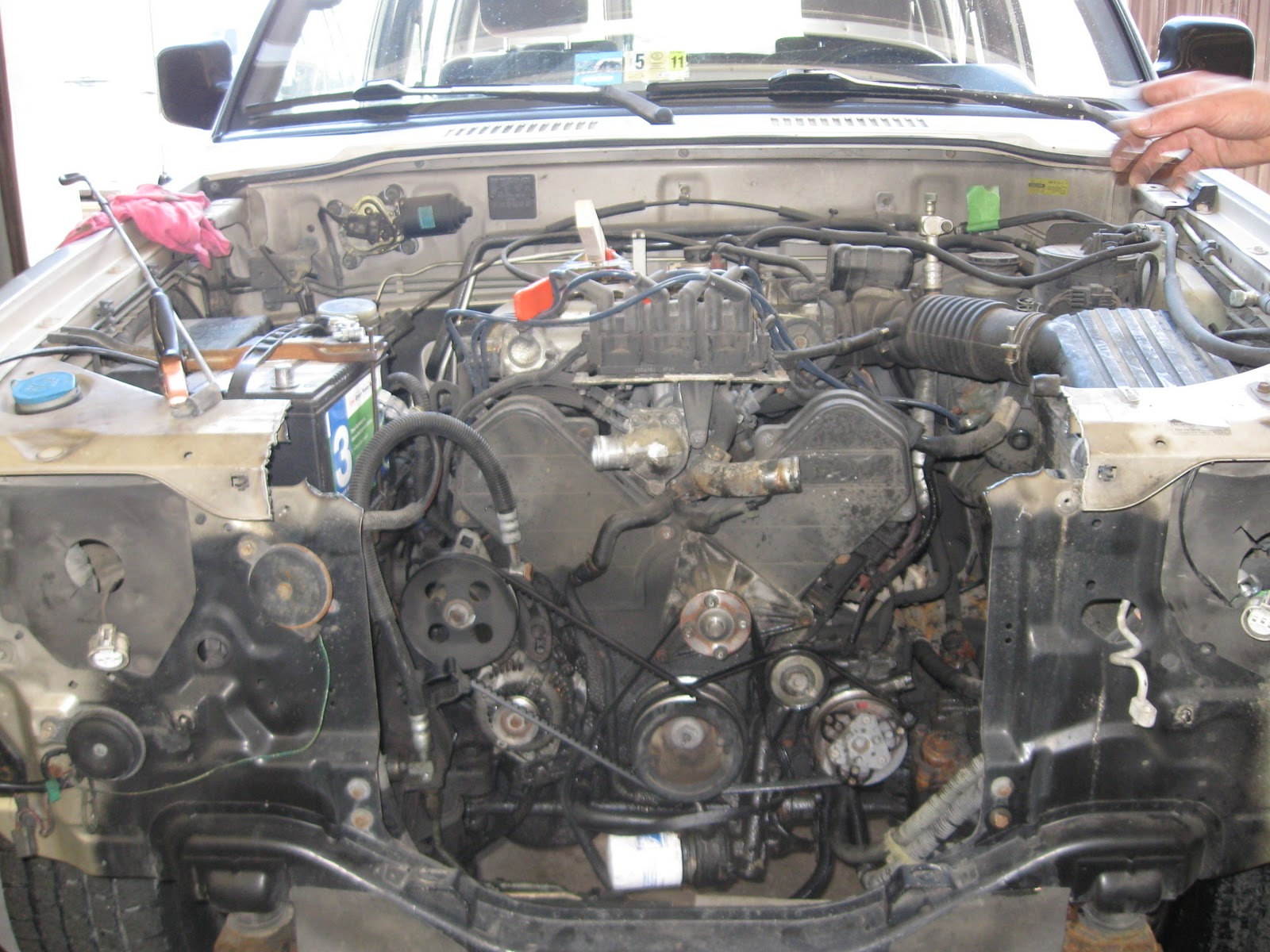 isuzu trooper alternator wiring diagram images isuzu bighorn 4jg2 wiring diagram isuzu bighorn 4jg2 wiring diagram