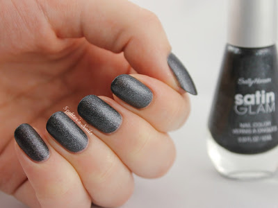 Sally Hansen Satin Glam Silk Onyx