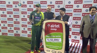 Mohammad-Hafeez-Man-of-the-Series-India-v-Pakistan-2nd-T20-2012