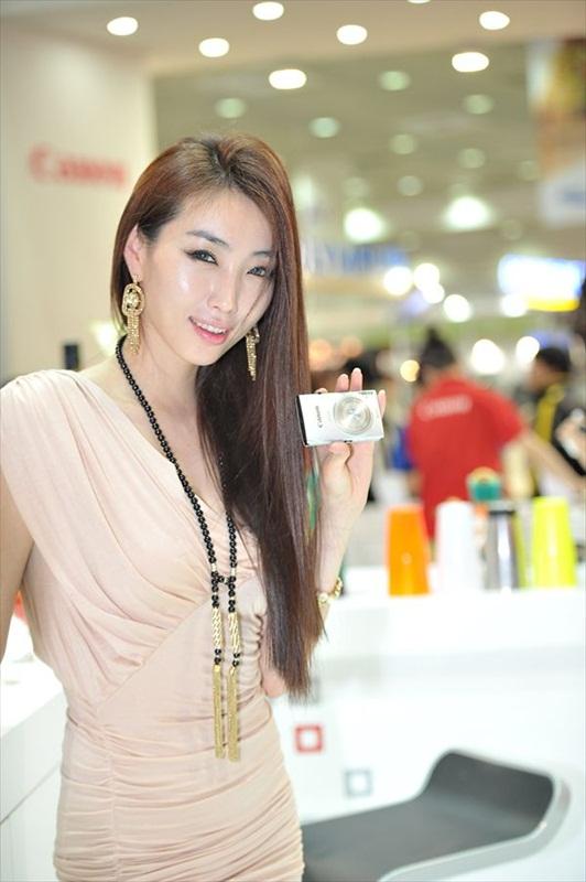 Korean Models – P & I 2012 Part 1