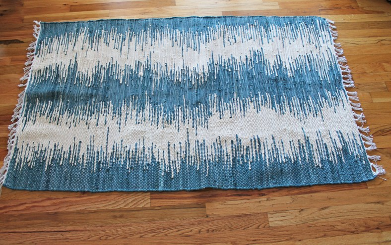 I Found This Blue And White Woven Rug At TJ Maxxu2026 It Was Perfect! It Is A  3×5 Rug, And The Dimensions Of My Tabletop Are 24u2033 X 60u2033 So I Knew ...