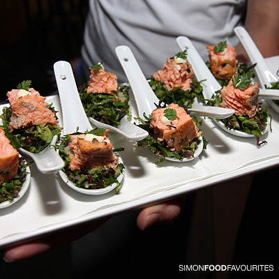 Simon food favourites cloudy bay pop up lounge launch for Smoked oyster canape