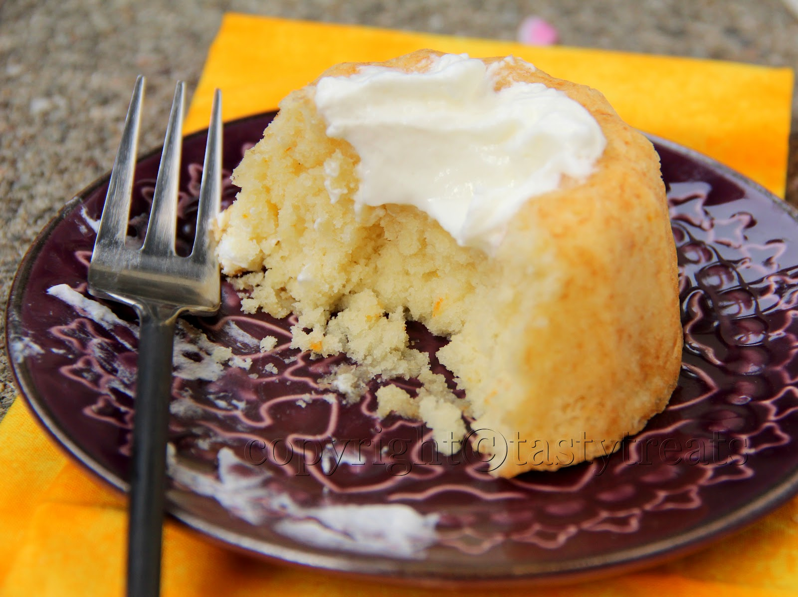 Tasty Treats: Orange Whipped Cream Cake