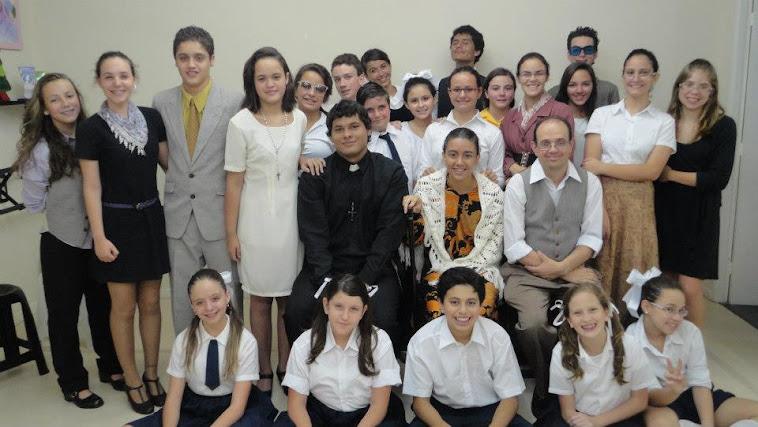 CURSO DE TEATRO PARA ADOLESCENTES (DOS 12 AOS 15 ANOS)
