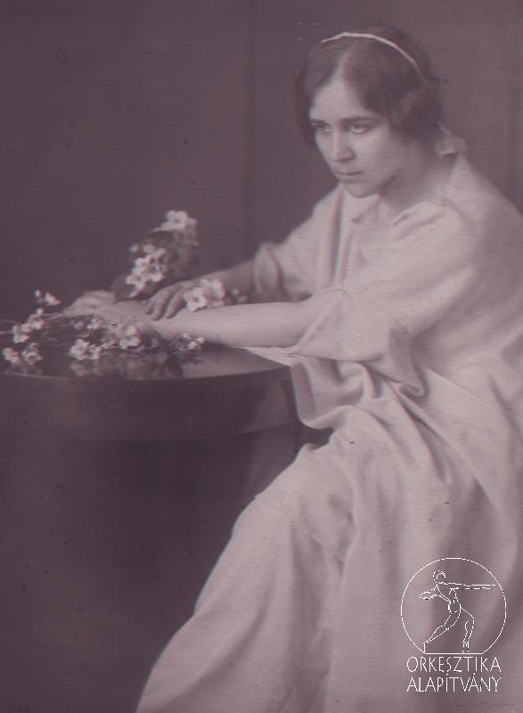 Dr. Dienes Valéria