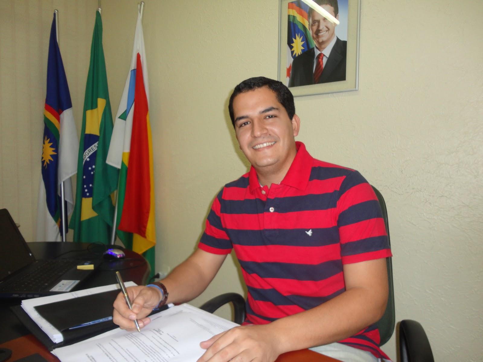 Resultado de imagem para prefeito danilo cavalcante de bom conselho pernambuco