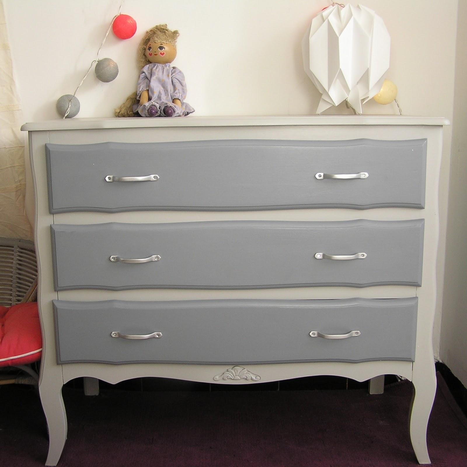 jaune moutarde commode trois tiroirs double gris. Black Bedroom Furniture Sets. Home Design Ideas