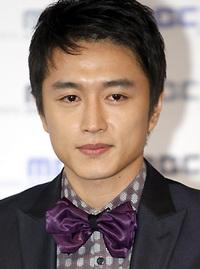 Biodata Jin Tae Hyun Pemeran Roman Lee