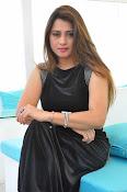 Farah khan glamorous photos-thumbnail-13