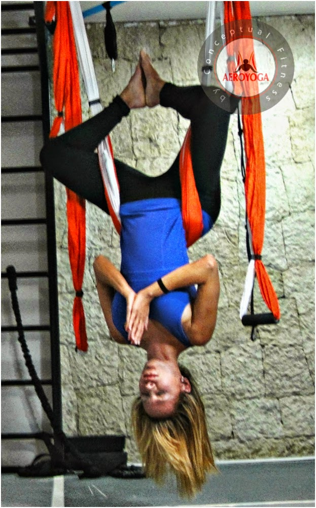 aerial yoga, pilates, fitness, gravity, gravedad, fly, anti, acro, acrobatic