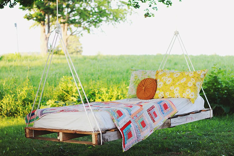 pallet swing bed art design lifestyle and more