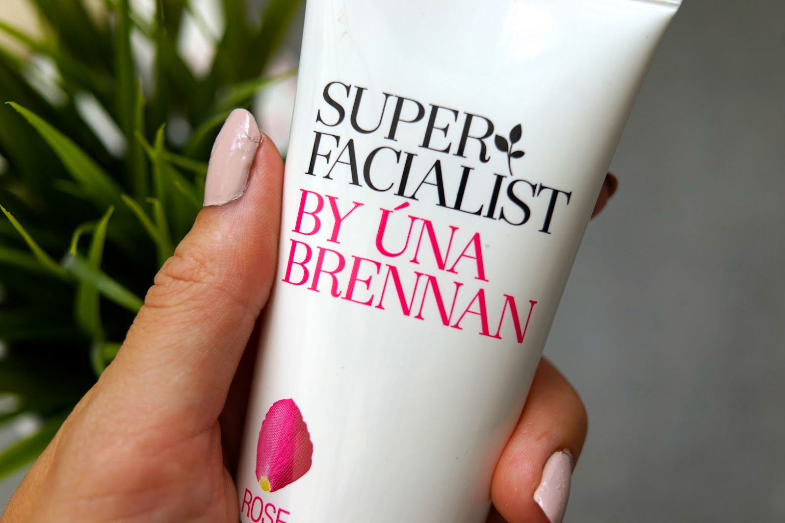 Super Facialist By Una Brennan
