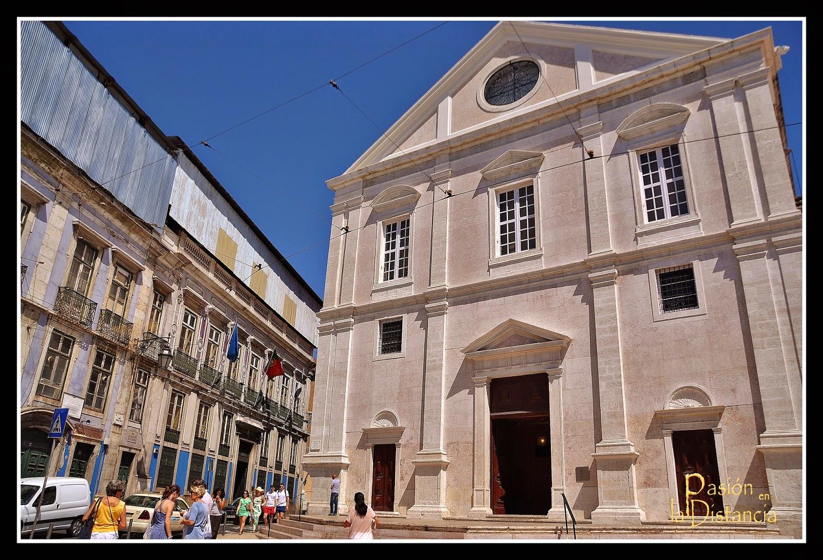 Fachada igleja Sao Roque Lisboa Portugal