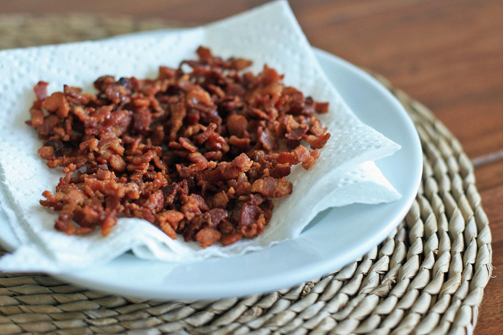 Smoky Bacon and Cheddar Shrimp and Grits