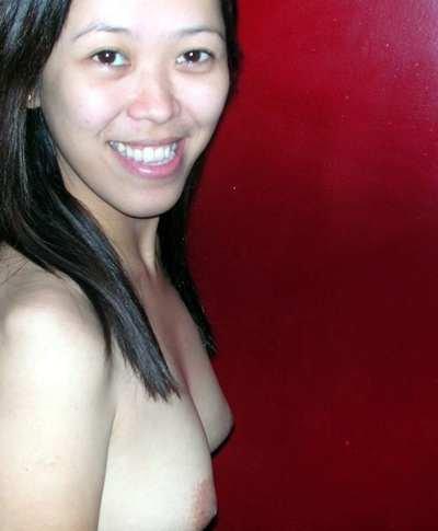 Indonesian Girl Nini Lusty Nude Shoots