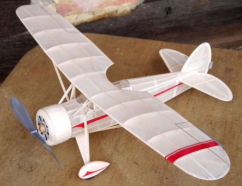 age minimum avion