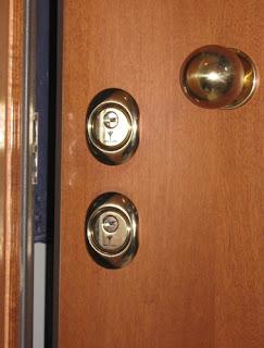 Sostituzione serrature venezia pronto intervento fabbro h - Doppia serratura porta blindata ...