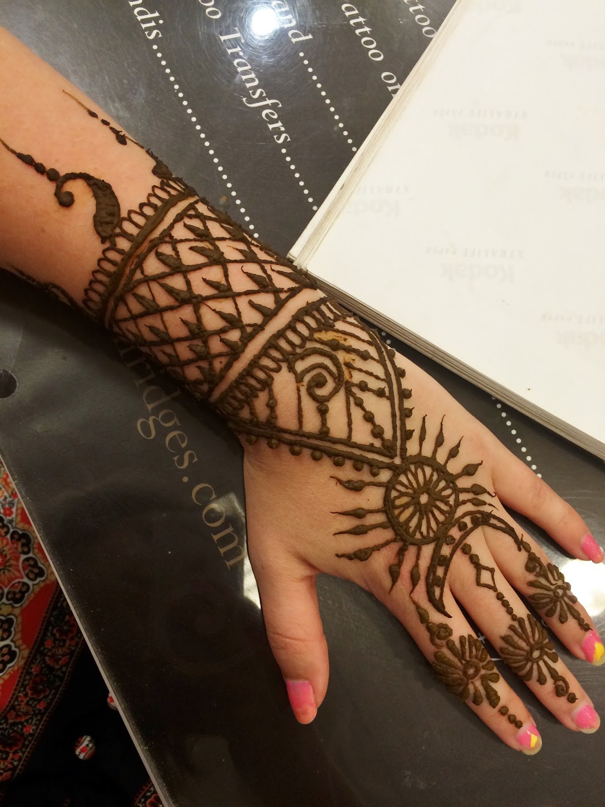 Pavan Henna Selfridges Sarah In Wonderlust