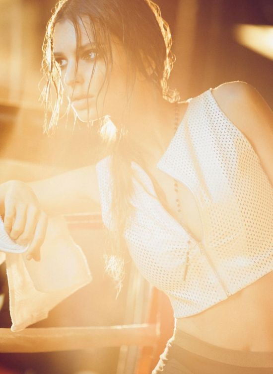modelo Emily Ratajkowski fotografia de Olivia Malone mulher boxeadora ringue ensaio fashion