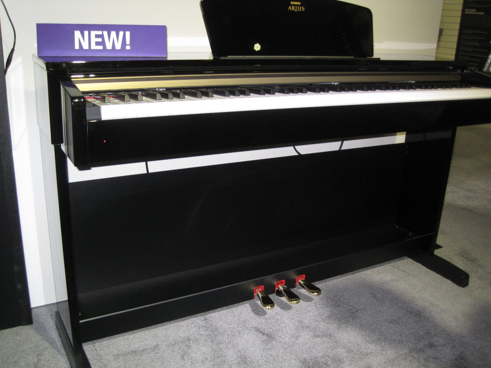 Review yamaha ydp c71pe digital piano attractive cabinet for Yamaha arius ydp v240 review