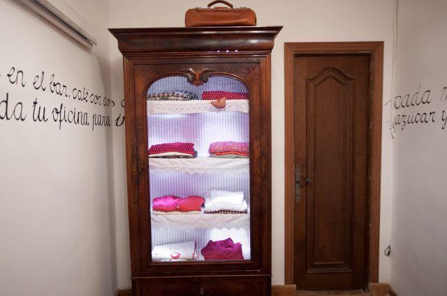 Muebles la liberal ideas para el papel pintado - Papel pintado para armarios ...