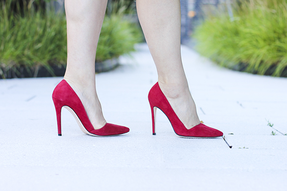 Red Alice + Olivia Dina Suede Pump