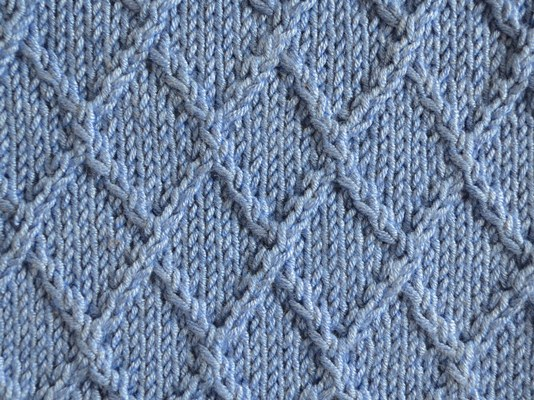 Textured Knits Lattice Stitch