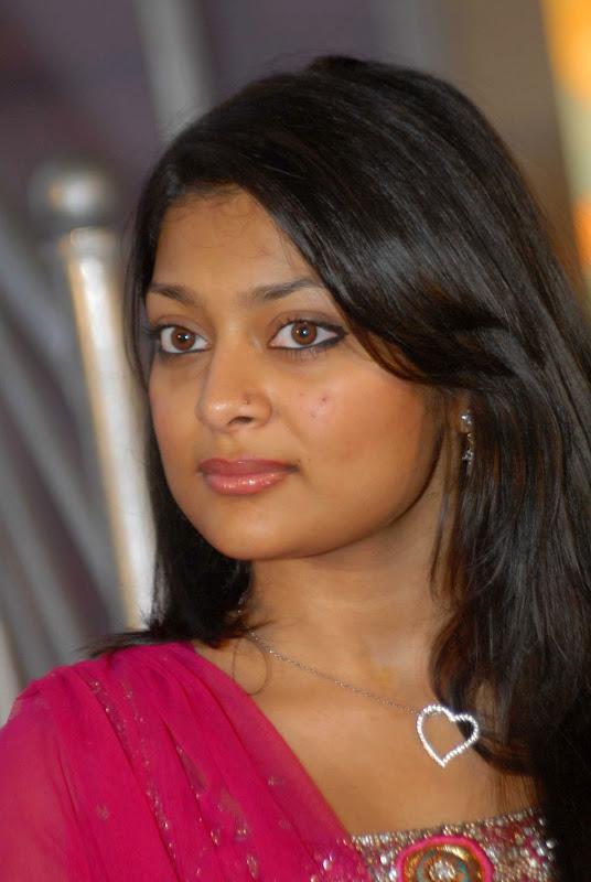 Telugu Heroine Soundarya Gallery glamour images