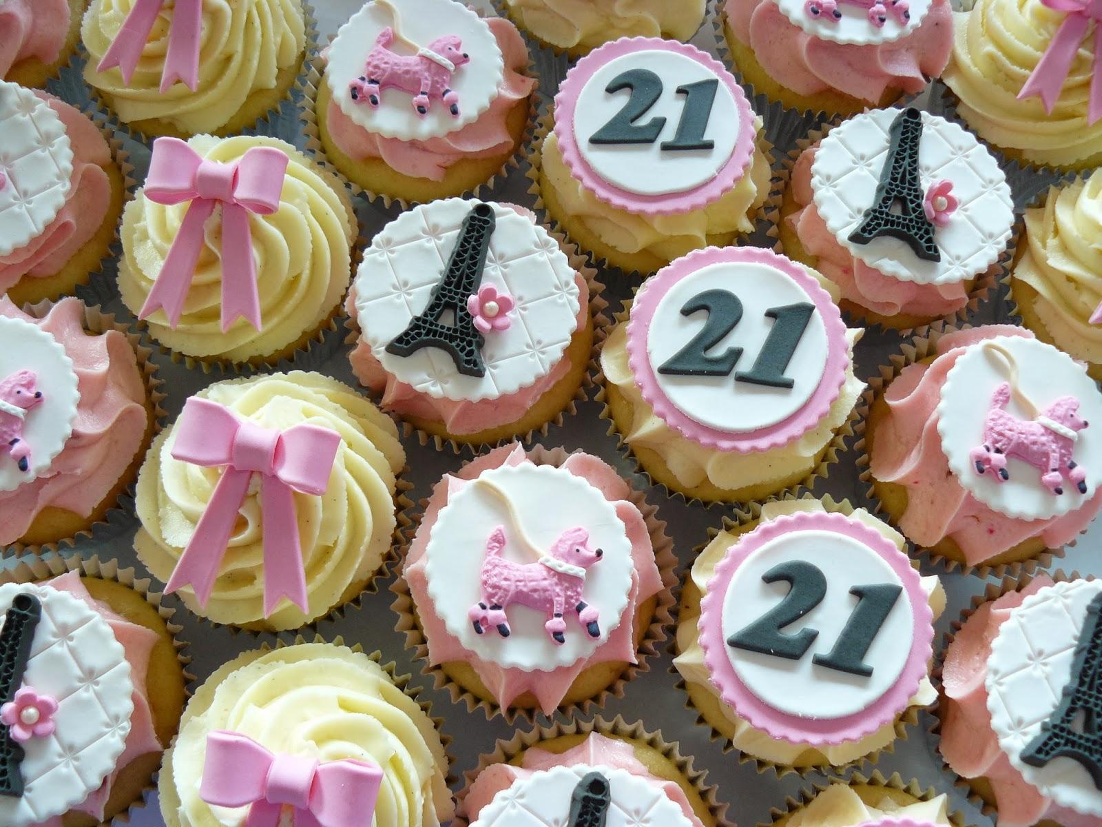 Eiffel Tower Cupcakes