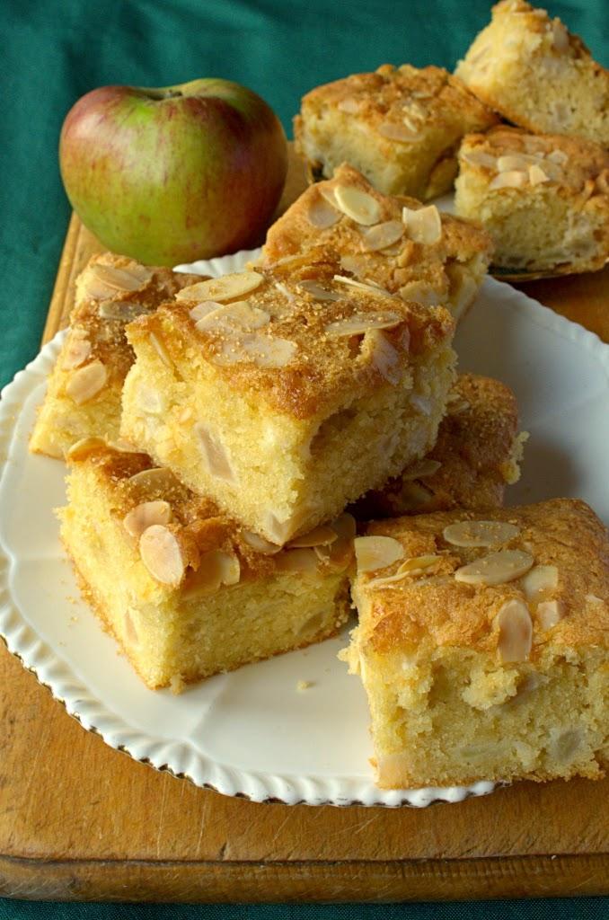 Almond Apple Traybake