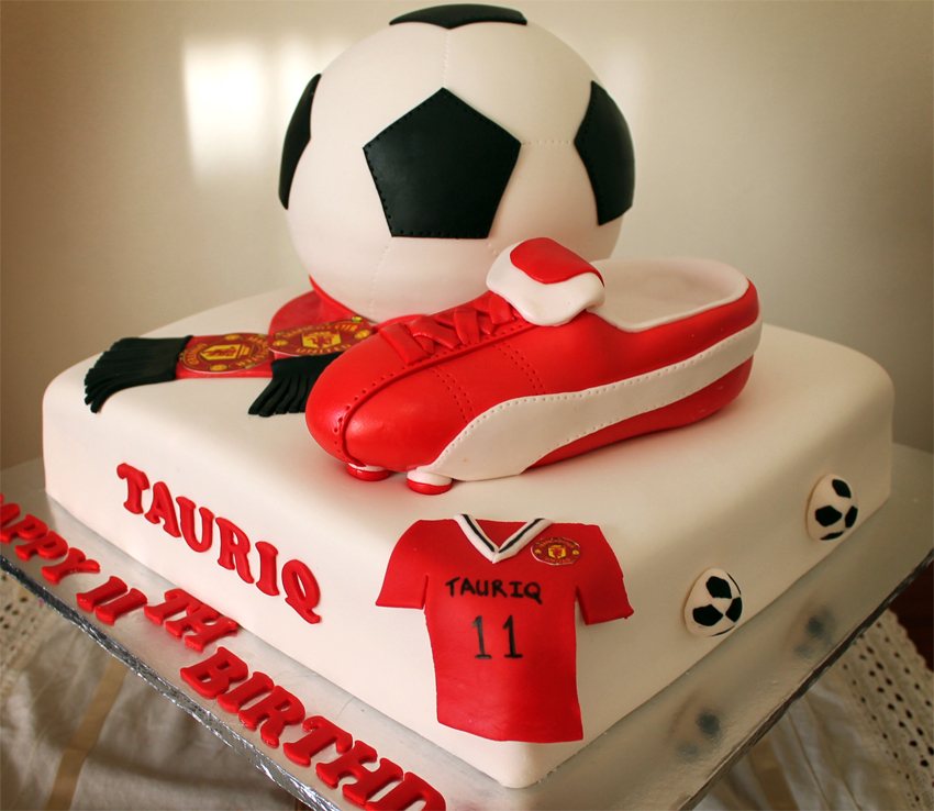 Delana s Cakes: Manchester united Soccer Themed Cake