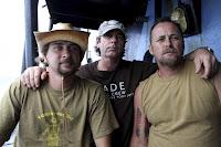 Ativistas que abordaram baleeiro serão entregues às autoridades australianas