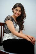Surabhi new glamorous photos-thumbnail-17