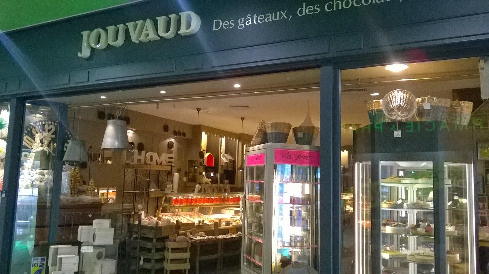 Autre fils et petit,fils de pâtissier, Pierre Jouvaud et ses boutiques du  même nom ne sont presque plus à présenter. D\u0027abord ouverte à Carpentras,