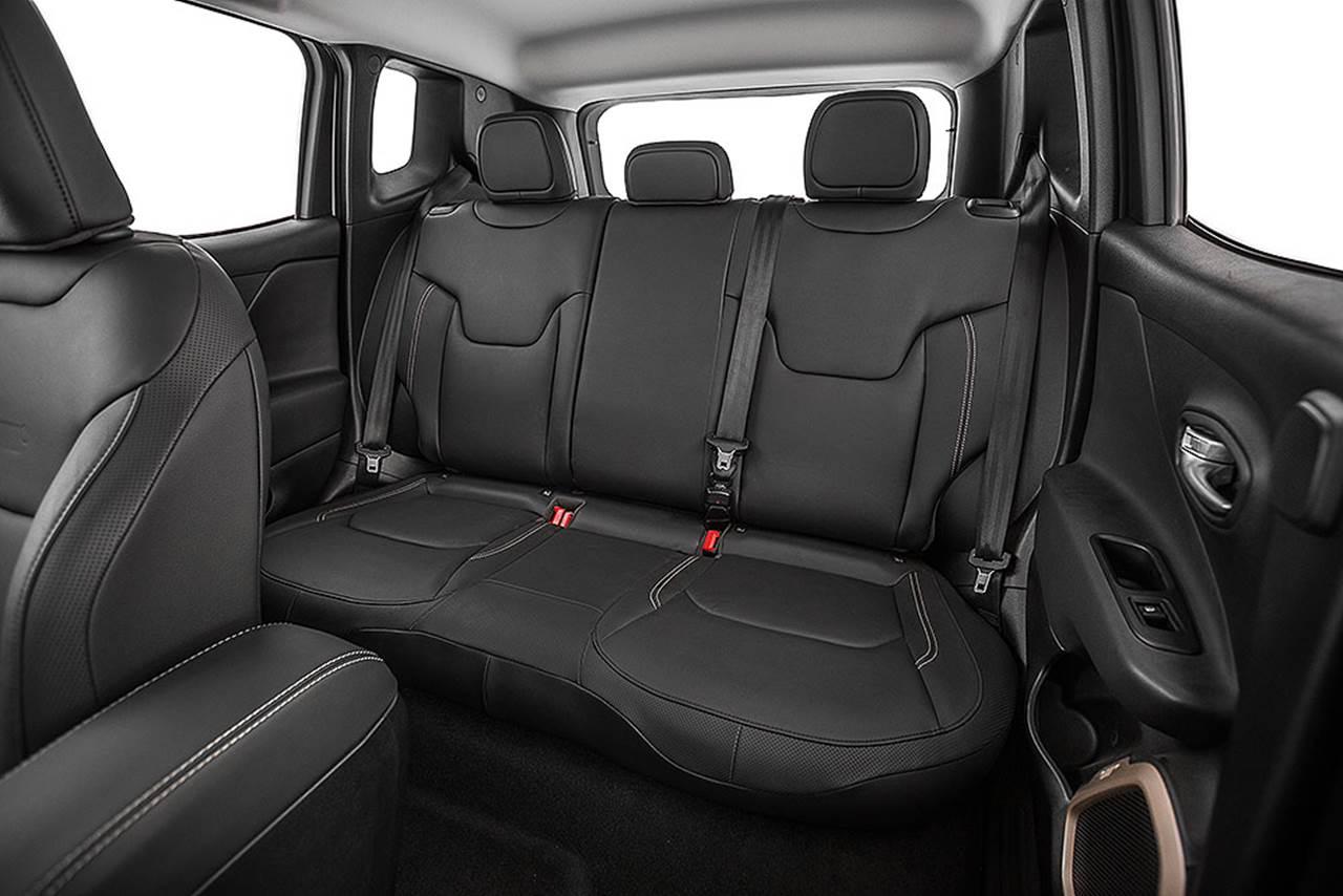 Jeep Renegade - espaço traseiro
