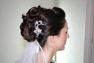 wedding day makeup tipsclass=bridal makeup