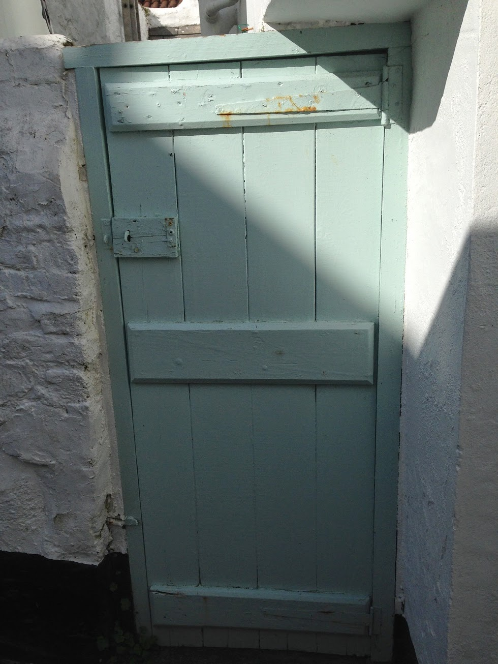Painted door, Appledore, Devon