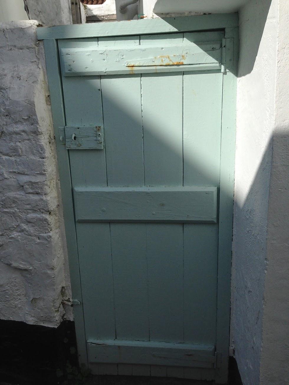 Painted door, Appledore, Devon