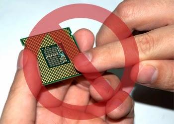 jangan menyentuh bagian pin dari processor
