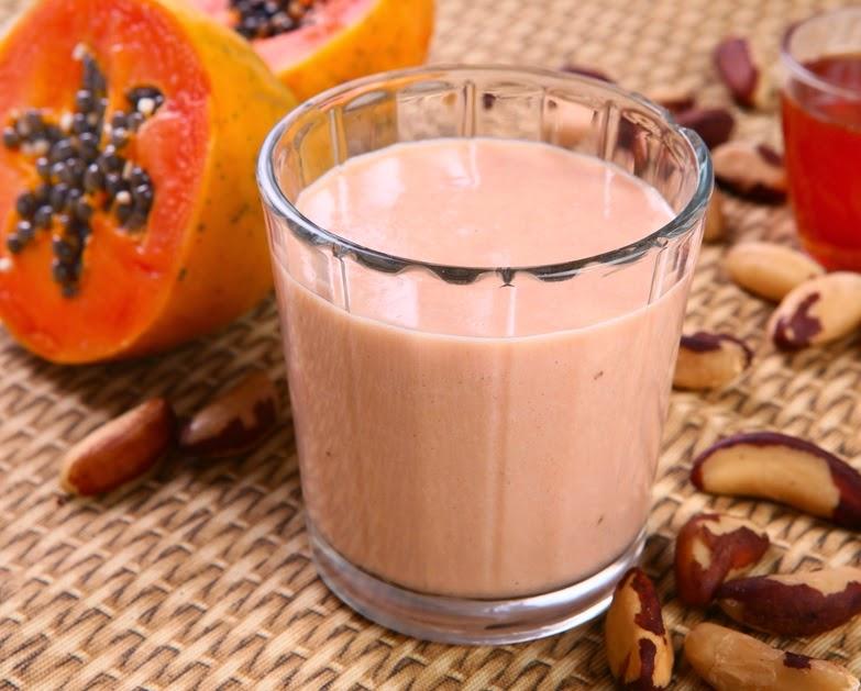 Vitamina de Papaia e Castanha-do-Pará (vegana)