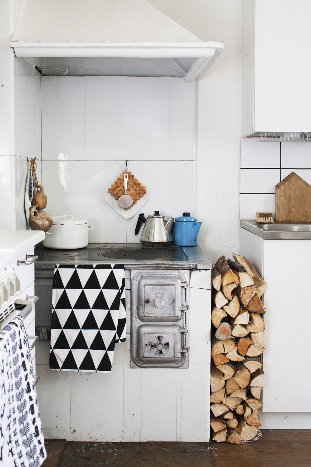 My scandinavian home finnish home with vintage finds - Cosy home deko ...