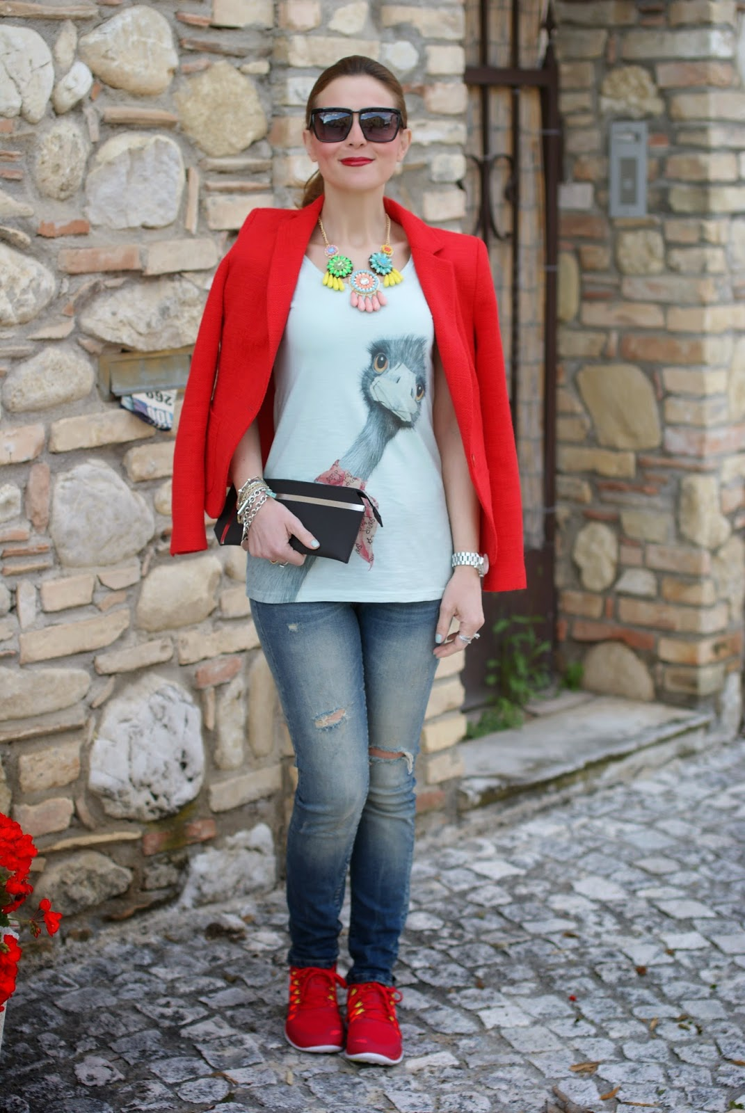 ostrich tee, sister & sister, zara blazer, Nike free run sneakers, Fashion and Cookies, fashion blogger