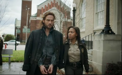 Ichabod Abby handcuffs Tom Mison Nicole Beharie
