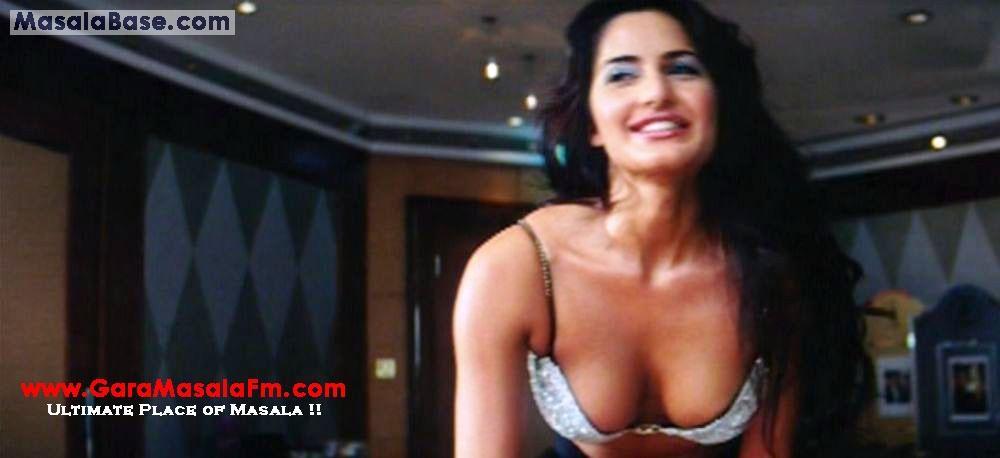 Watch Boom Online Hindi