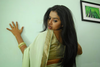 Actress Poorna  In Saree 4.jpg