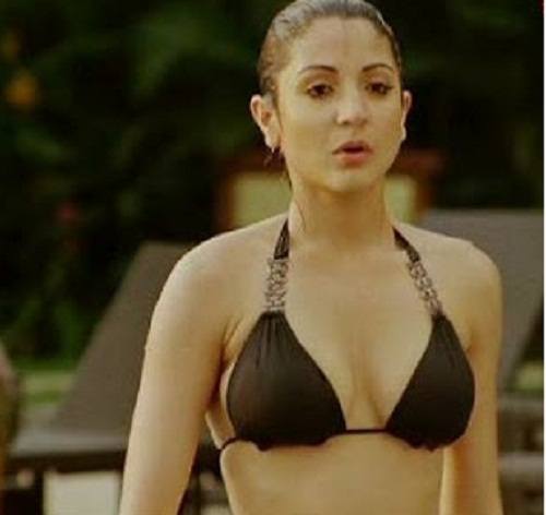 Hot Anushka Sharmau0026#39;s Hottest Bikni Snapshoots : Bollywood ...