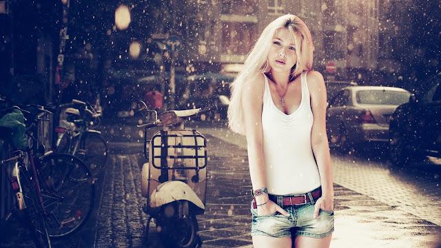 Blonde girl rain HD Wallpaper