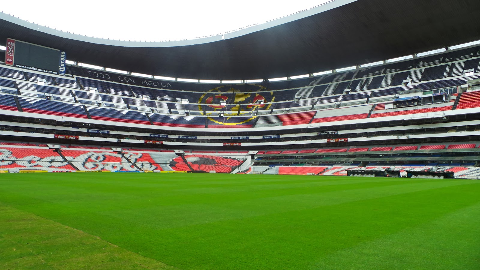 lucalovesfootball: ESTADIO AZTECA