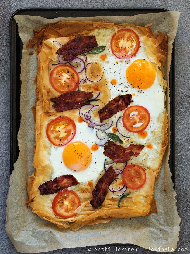 Bacon & Eggs aamiaispizza
