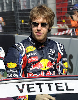 Vettel in Ray-Ban Aviators